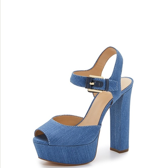 653431fe0d3 Michael Kors London Platform Sandals -Denim. M 5a934bea2ae12f6f78887aaf
